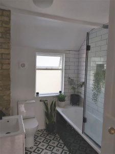 Bathroom-Fitted (9)