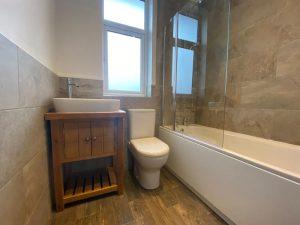 Bathroom installation - London (4)